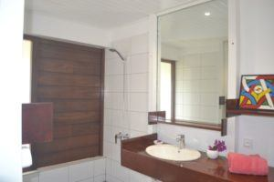 salle de bains grande kaz ecolodge